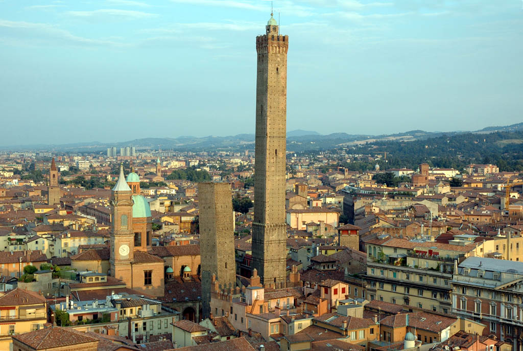 Towers of Bologna • The Golden Assay